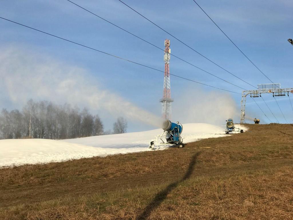 Lumekahurid Kuutsemäel. Foto Monika Otrokova