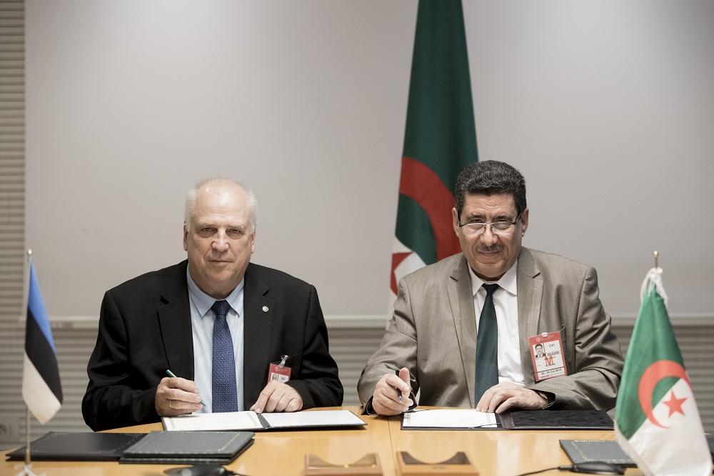 Maaeluminister Mart Järvik ning Alžeeria põllumajanduse ja maaelu arengu minister Chérif Omar. Foto Maaeluministeerium