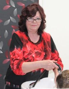 Juuksur Maie Valmsen. Foto: Marge Tasur