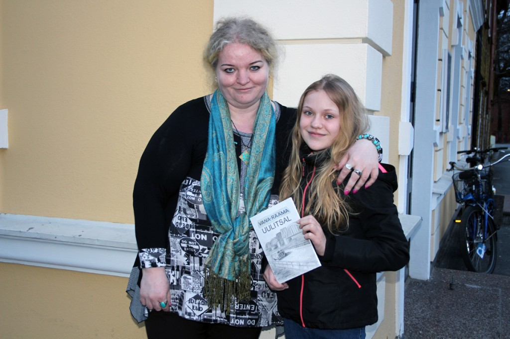 Margit Peterson ja Roode-Marie Proover Foto Urmas Saard