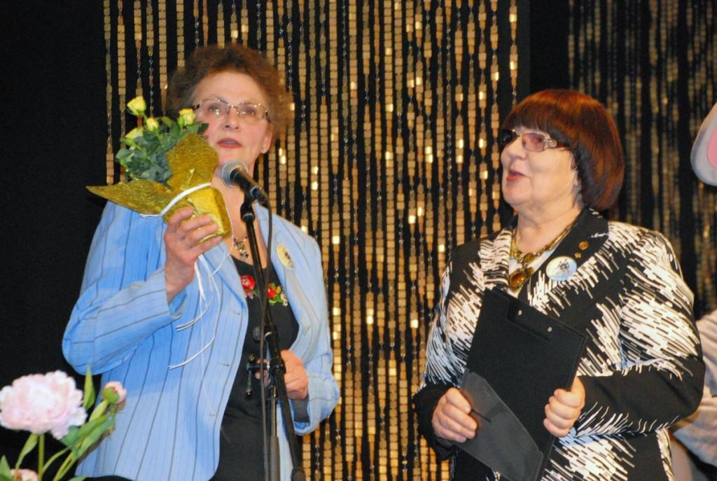 Margit Schmidt ja Helle Vent Foto Urmas Saard