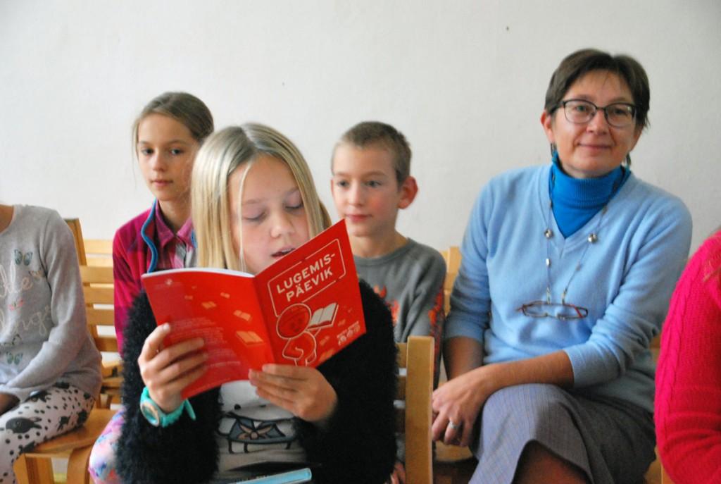 Mirtel Metsmaa ja tema klassijuhataja Tiia Heintalu Foto Urmas Saard