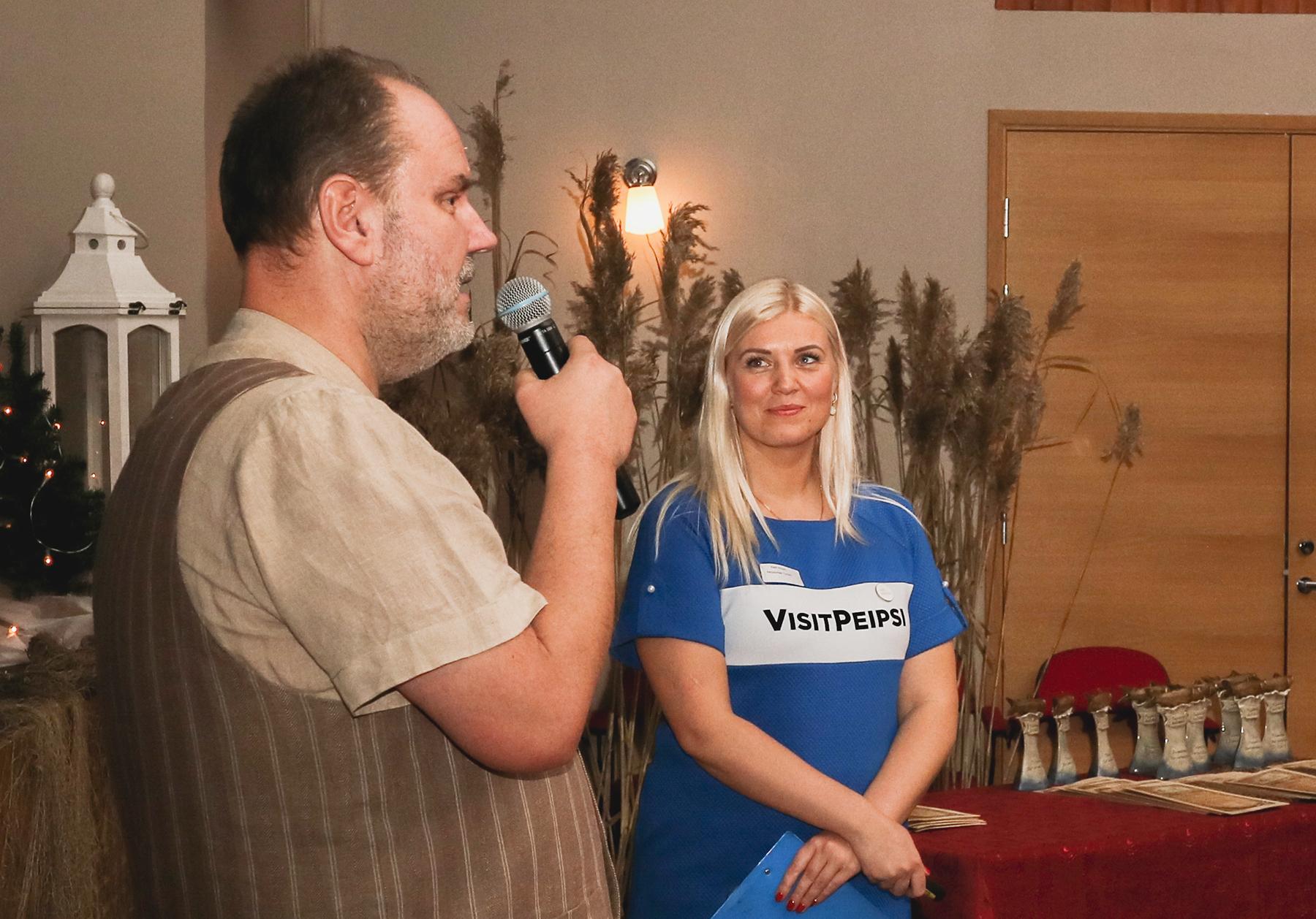 Moderaator Gaute Kivistik ja Peipsimaa Turism juhataja Kadi Ploom. Foto Tom Zuravljov