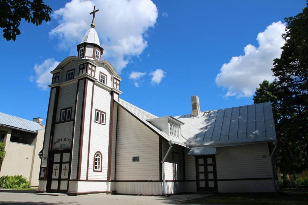 Nõmme Rahu kirik on on Nõukogude Venemaa ja Eesti Vabariigi vahel 2. veebruaril 1920 sõlmitud Tartu rahulepingu mälestuskirik.  Foto Jukko Nooni
