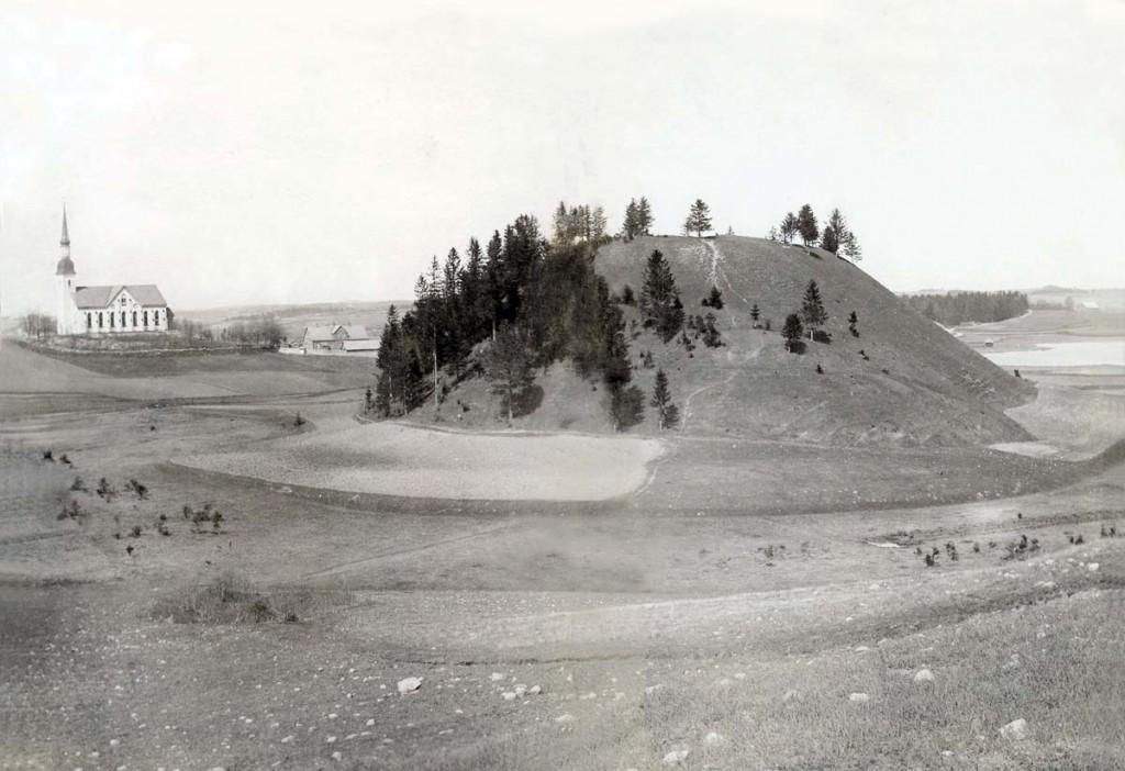 Otepää linnamägi 1900. aasta postkaardil