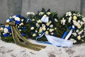 Pärjad Pärnu Vabadussõja monumendi jalamil Foto Urmas Saard