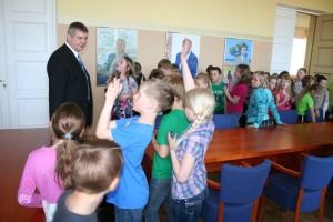 Paalalinna kooli 2 klass maavalitsuses 058
