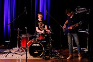 Kalev Välk ja Madis Kirsman Viljandi muusikakooli jazzansamblist. Foto: Mikk-Mihkel Vaabel