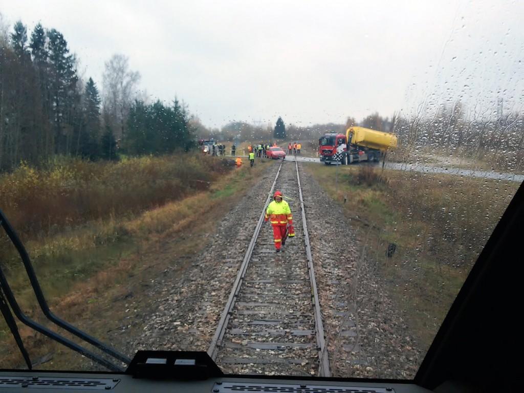 Raudtee päästeõppus Pärnumaal Pulli-Urge raudtee vanal ülesõidukohal
