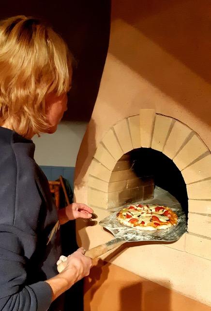 Romantilise Rannatee pitsaküpsetamine