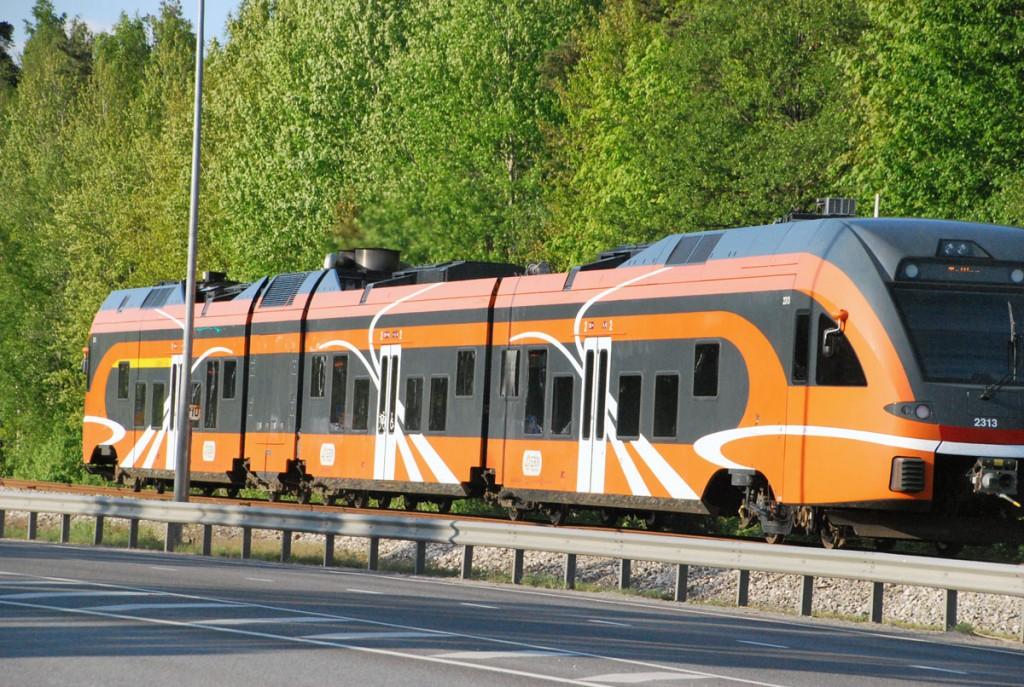 Rongiga Eestimaa raudteedel, pildil Pärnus Foto Urmas Saard