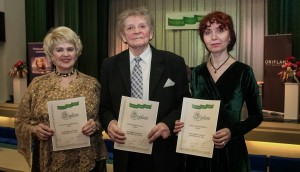 Seeniorlaul 2015 võitjad (vasakult) Tamara Merkulova, Leonhard Kelle, Svetlana Jefimova.  Foto: Ants Liigus