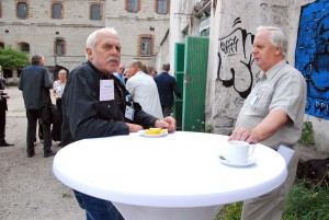 Sindi Ajalooklubi huvilised Patarei võimaluste üle mõtteid vahetamas Foto Urmas Saard