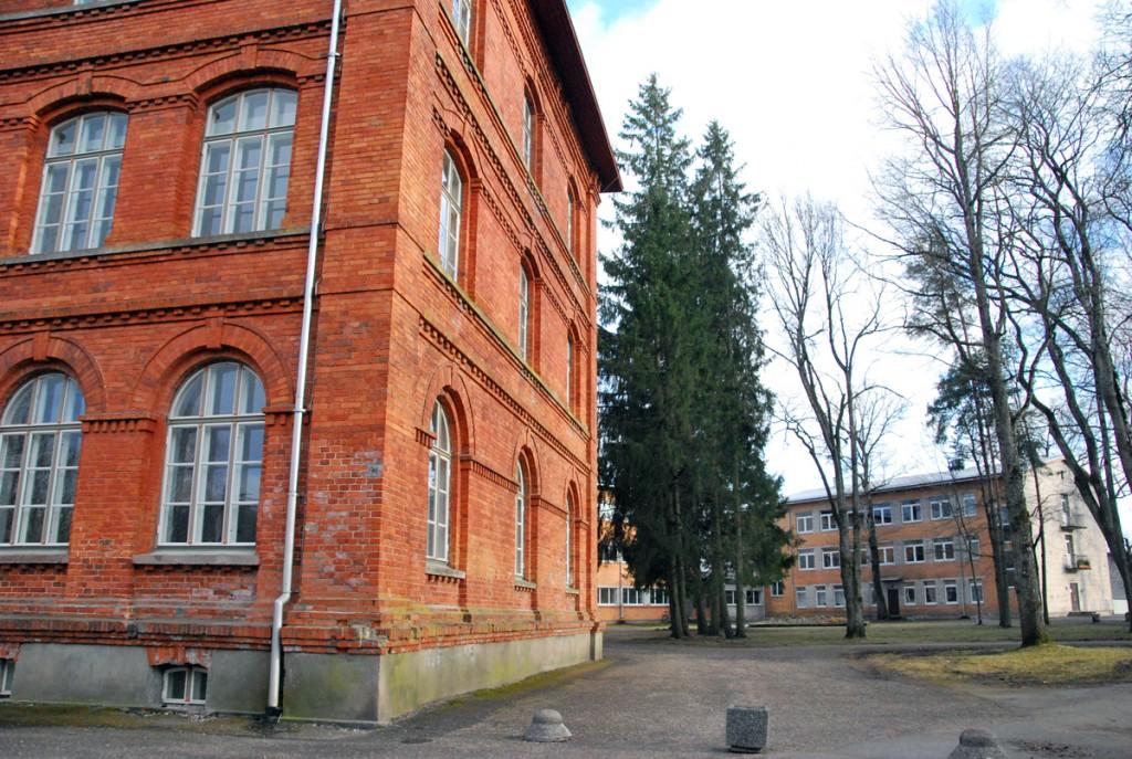 Sindi gümnaasiumi hooned Foto Urmas Saard