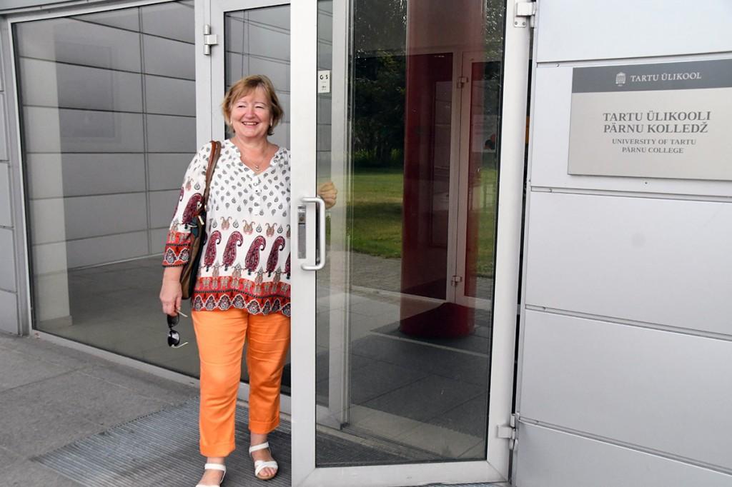 Sindis elav Helve Kalde alustab TÜ Pärnu Väärikate ülikooli kümnendal tegevusaastal esimest õppeaastat Foto Urmas Saard