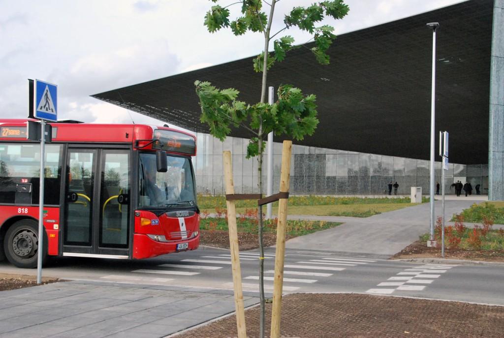 Tartu kesklinna ja ERMi vahet liigub 27 liini buss Foto Urmas Saard
