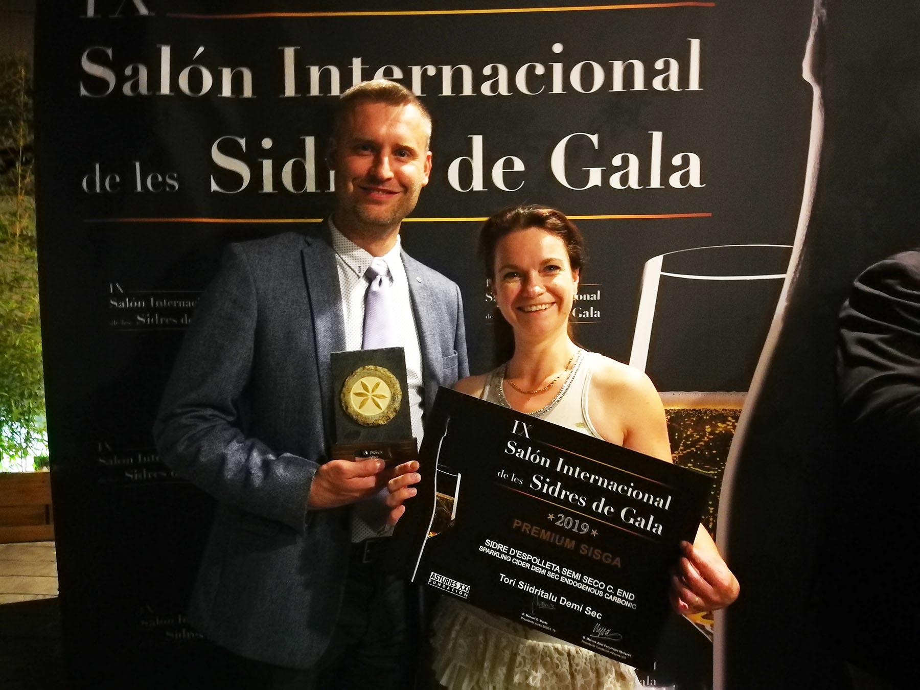 Tori Siidritalu šampanjameetodil valminud poolkuiv siider saavutas siidrikonkursil Asturias omas klassis Kuldmedali.