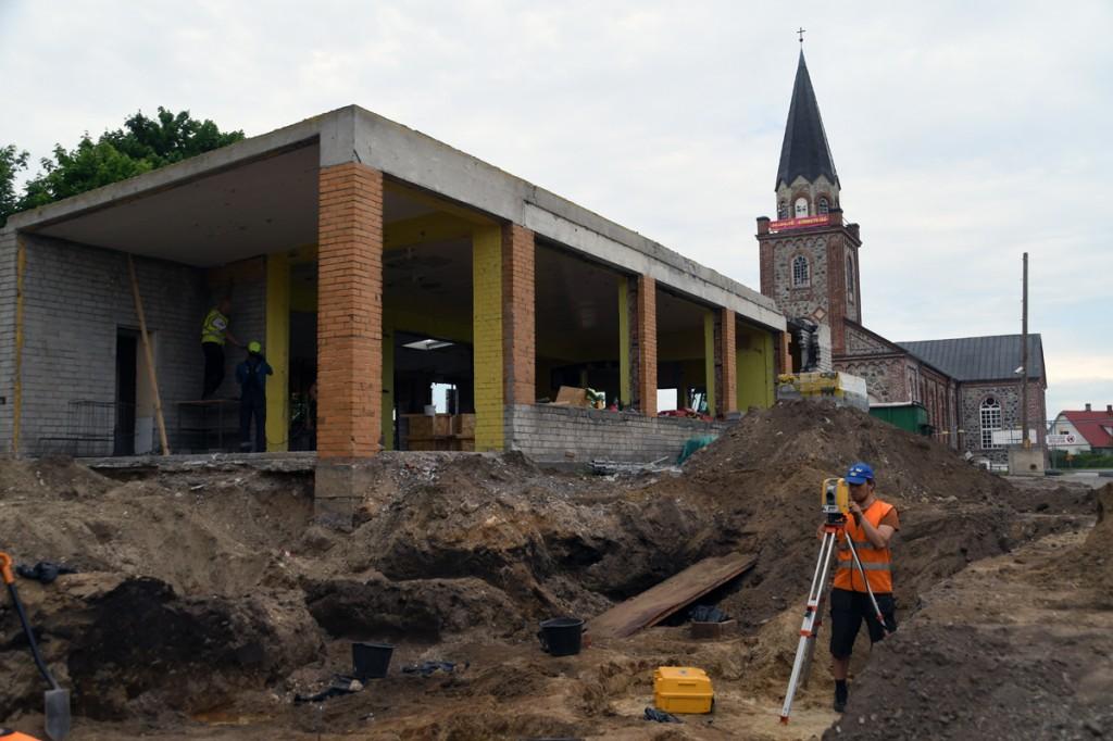 Tori kaupluse ehituse juures toimuvad arheoloogilised väljakaevamised Foto Urmas Saard