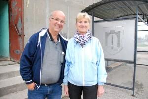 Ulf Ljunggren ja Helga Mitt pärast viimase ratta üleandmist Foto Urmas Saard