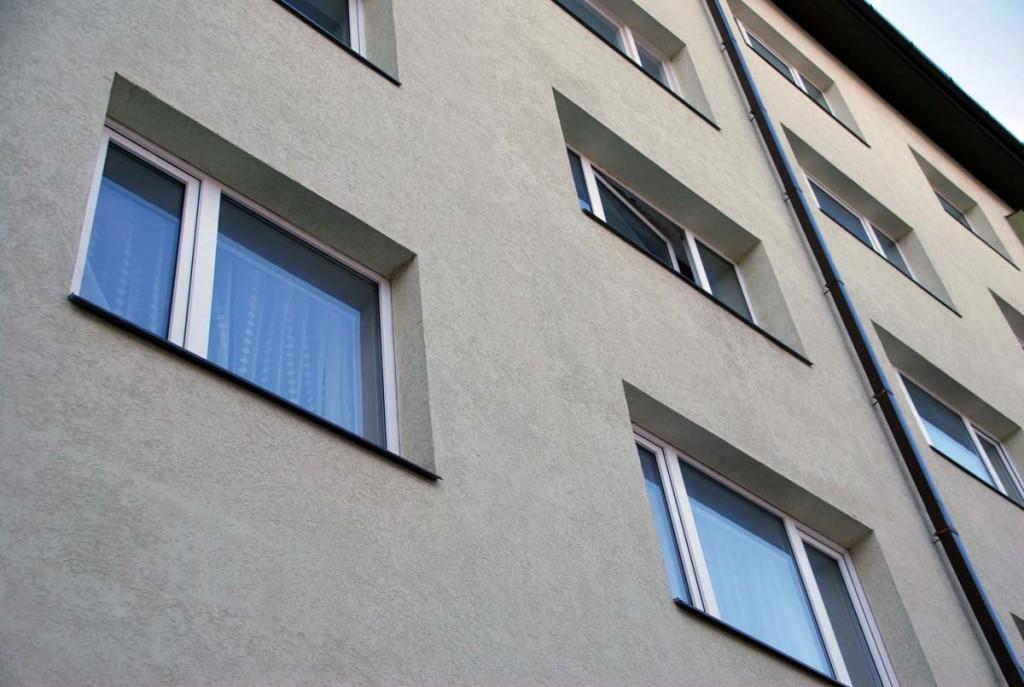 Vahtpolüsterooliga soojustatud korterelamu välissein Foto Urmas Saard