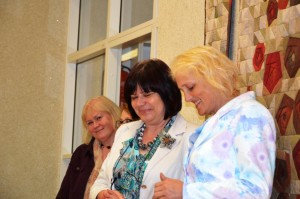 Meeleolukas hetk õppereisilt. Vasakult: Pille Tutt, Ivi Sark ja Rutt Rimmel. Fotod: erakogu