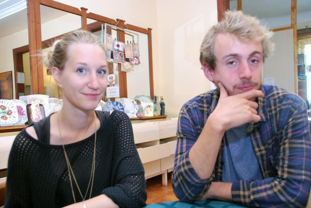 Zoé Favre d'Anne ja Julien Tort Pärnus Nooruse majas Foto Urmas Saard