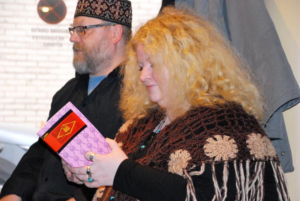 ()kivisildnik ja Margit Peterson Versuses Foto Urmas Saard